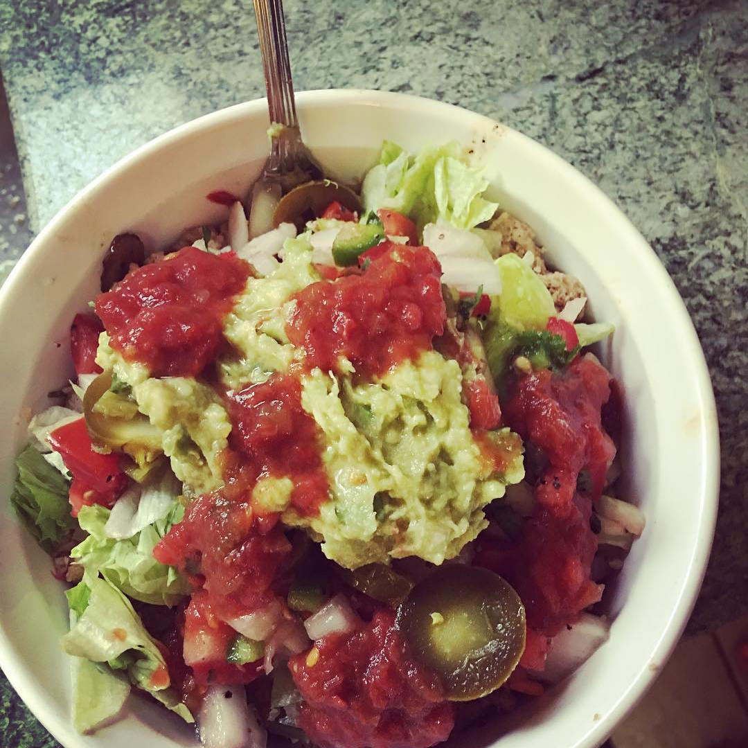 #robertos-salsa post on Instagram
